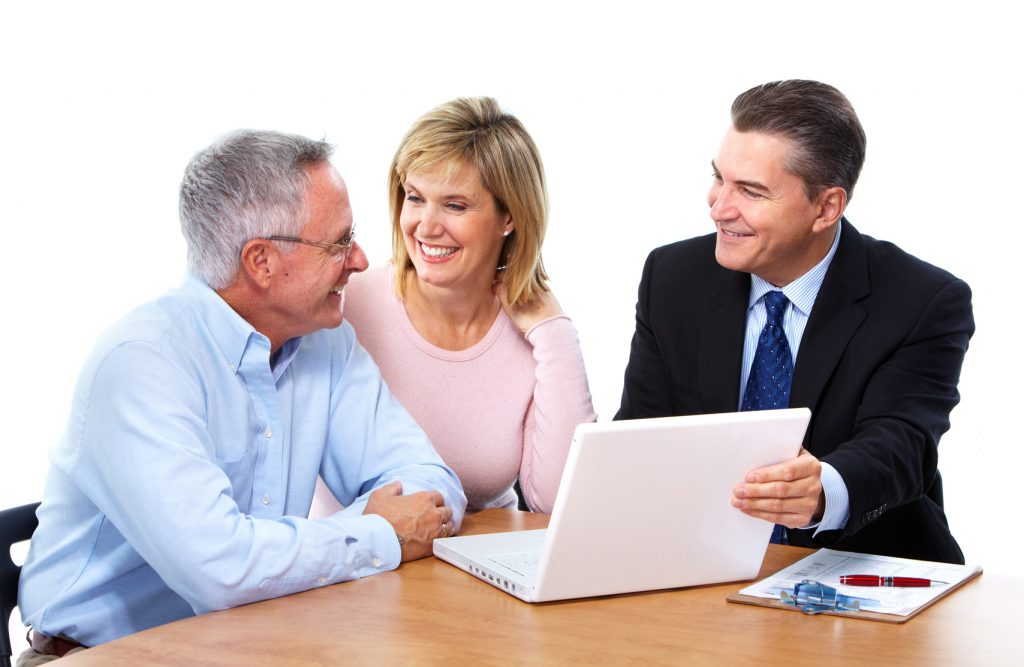 Quy định về bảo hiểm cho người già