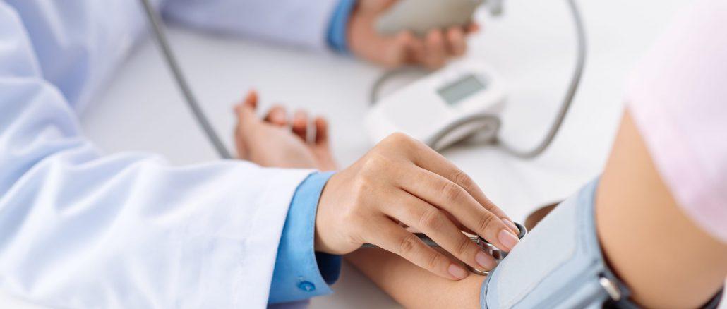 Bảo hiểm y tế có chi trả những khoản nào? Quyền lợi của người tham gia BHYT