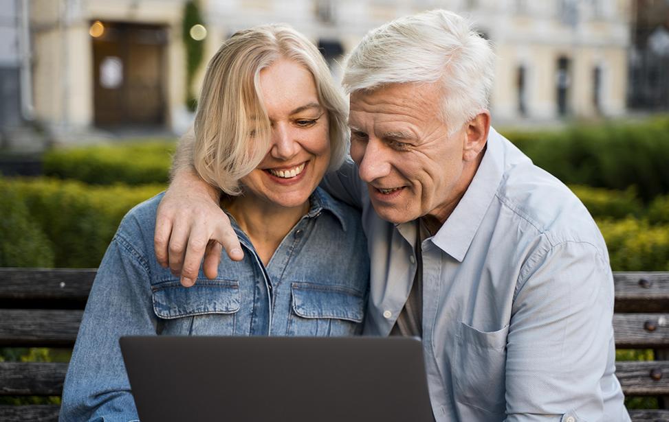 Lương hưu giúp cải thiện cuộc sống cho NLĐ khi về già