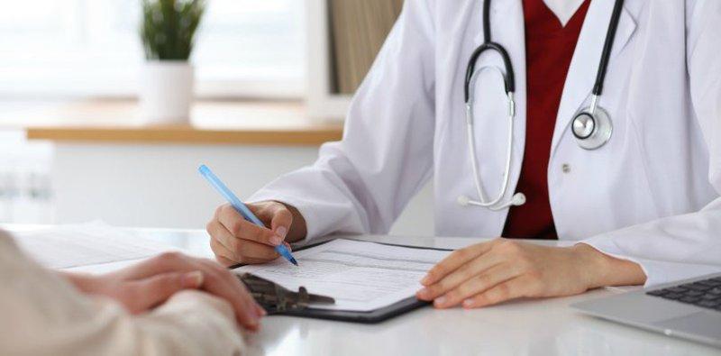 tìm hiểu chi tiết về chế độ nghỉ ốm hưởng bảo hiểm xã hội